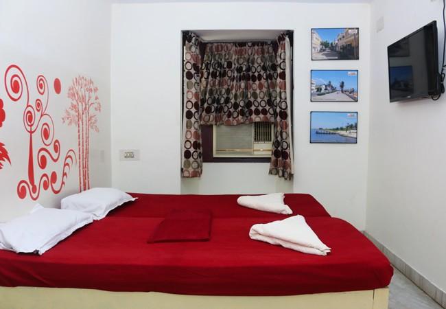elements hostel guesthouse chennai twin room pondicherry