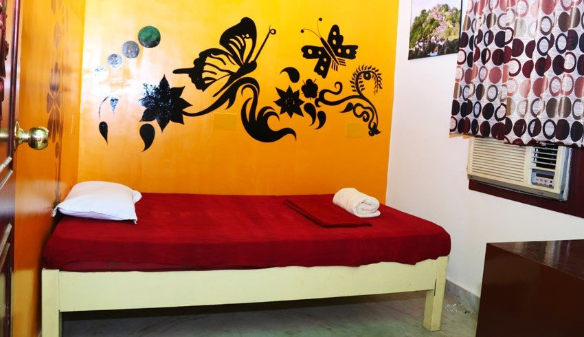 elements hostel guesthouse chennai single room thiruvannamalai