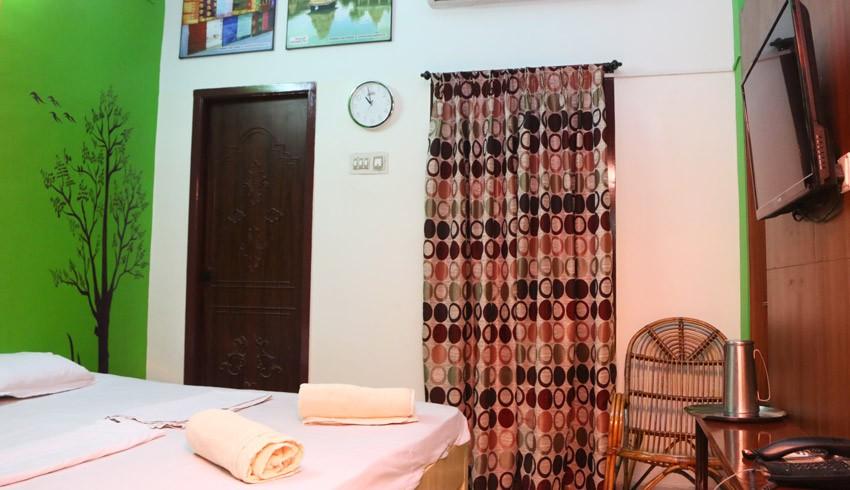 elements hostel guesthouse chennai twin room mamallapuram