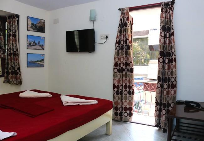 elements hostel guest house chennai twin room pondicherry