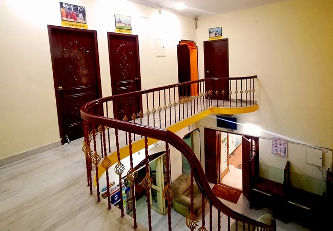 elements hostel guesthouse chennai gallery staircase
