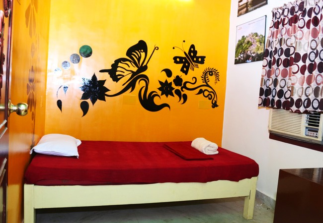 elements hostel guest house chennai single room thiruvannamalai